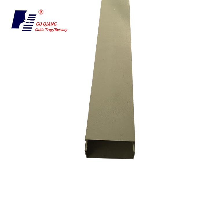 Spruzzatura di plastica Heavy Duty Tipo Trogolo Cavo Vassoio Staffa