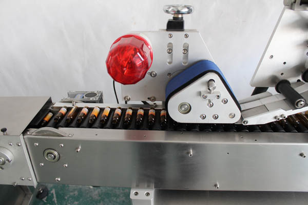 syringe labeling machine