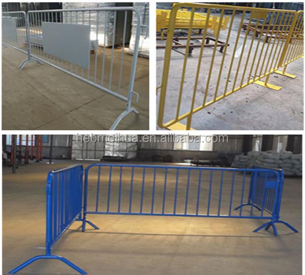 Temporary portable picket fence security fencing berth