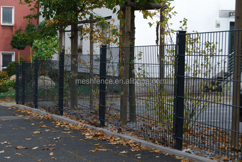 Simple fence designs fencing trellis and gates for boundary wall swing gate 6mm 2 double wire - Design gartenzaun ...