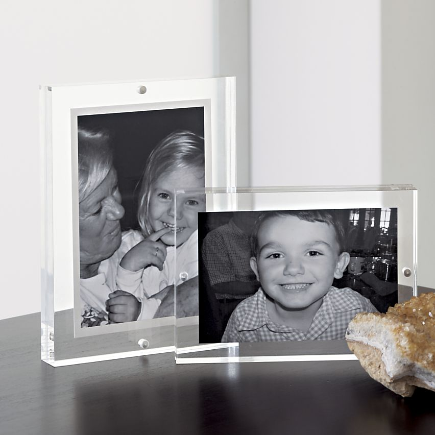 Acrylic Picture Frame 5x7\