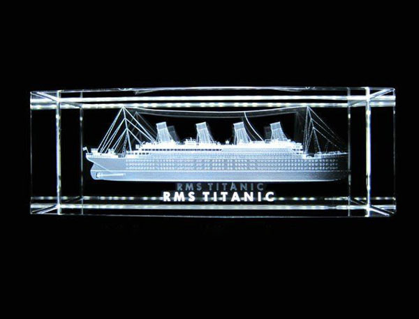 Crystal_3D_Titanic.jpg