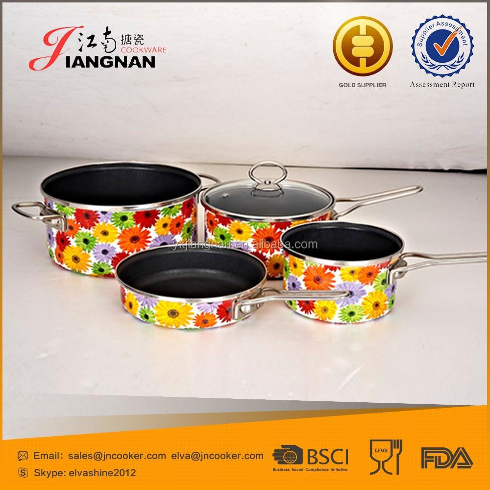 Easy clean de acero al carbono antiadherente recubrimiento for Empresas de utensilios de cocina