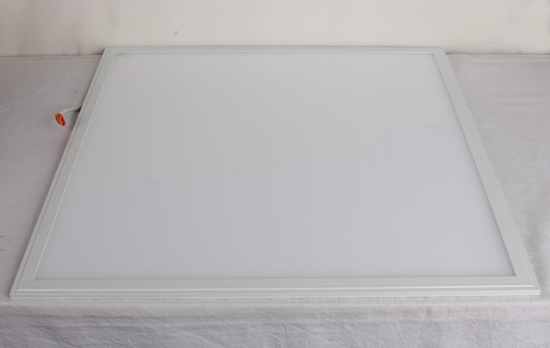 Indoor Green Lighting Milky White Frame 36W LED Panel Light 600x600 595X595X9MM 5 Years' Long Lifespan