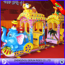 Funy animals electric track train