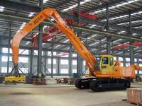 Hydraulic crawl material handler (diesel engine)