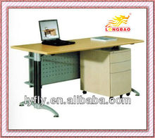 2012 Hot Sale Modern Design Steel Office Desk