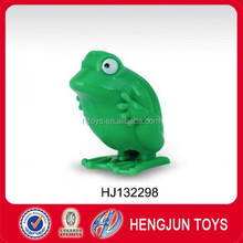 EN71 hot selling plastic wind up animal jumping frog toy