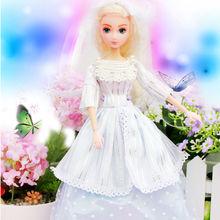 muñeca de la muchacha de vestido de novia boda