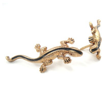 Custom royal Metal small metal leather brooch for hat pin /brooch for men
