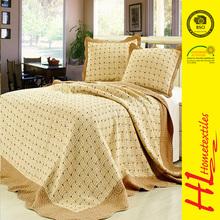 low MOQ appliqued bed sheet patchwork quilt