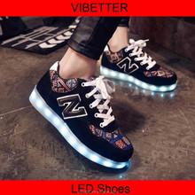 Fgx-007 encaje caliente unisex LED del deporte del último deporte zapatos zapatos baratos de los deportes
