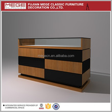 Advertising Garment Display Adornment Cabinet For Retail Store