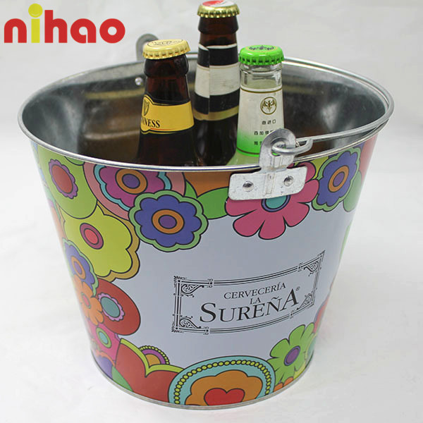 round galvanized tin ice bucket with chain bottle opener buy tin ice bucket galvanized tin ice. Black Bedroom Furniture Sets. Home Design Ideas