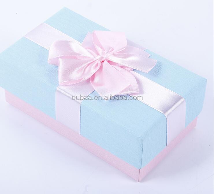 RIBBON GIFT BOX.jpg