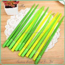 2015 custom green color small plastic writing ballpoint pen wholesale Grass shape pen