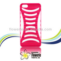 2013 Guangzhou new arrival wholesale fashion case ladder hand phone case plastic for iphone 5