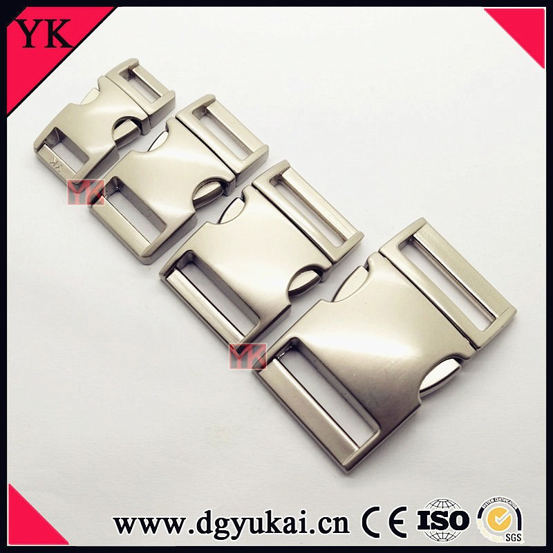"3/8"" curved metal side release buckle"