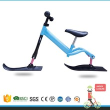 2015 hot selling kids snow scooter/popular snow runner/kid balance snow ski