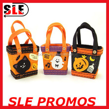 Felt halloween tote bag for candy