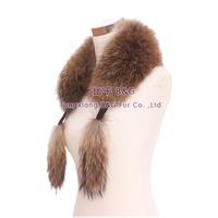 BG30541 2015 Fashion Women Natural Raccoon Dog Fur Collar with raccoon tail
