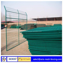 (ISO9001:2008)low price military fence/dog run fence/outdoor dog fence(factory direct price)