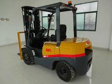 Fácil operar e automático forklift truck 3.5 ton em bom estado com Isuzu motor