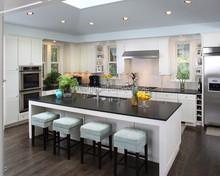 Matte finish solid wood kitchen, wood construction Oak Shaker style modern kitchen cabinets