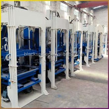 Multi-source Vibration System Equipped Qty12-15 Hydraform Cement Block Machine Offer For