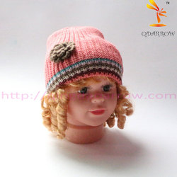 rib knit beanie with 3D flower patch pink color for toddler girls