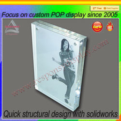 Factory direct sale acrylc photo frame display