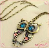 Hot Fashion Vintage Retro gold Big Blue Eye Owl Pendant Chain Necklace