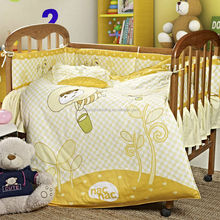 Pujiang factory the honey bee printing baby quilt/bedding set