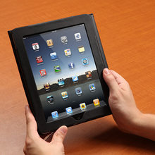 Latest Cheap Bluetooth Keyboard Case for iPad / iPad mini