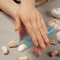 Нож для снятия цедры, кожуры Peel garlic Derlook 2292
