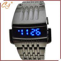 2015 Latest Design Electronic Unisex Watch LED Retailer