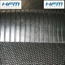 Cow floor rubber mats for dairy farm