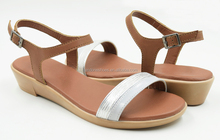 2015 Stylish Women's Voyage Wedge Sandals Ladies Low Wedges