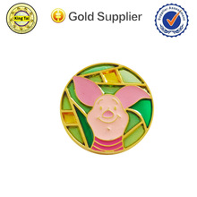 attractive fancy zinc alloy metal lapel pin with cute design