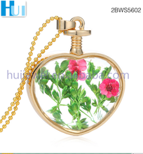 heart shaped photo frame pendant with dried flower necklace with pendant