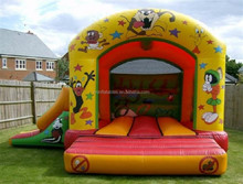 Inflatable Looney Tunes Castle and Slide Bouncy Castle for kids