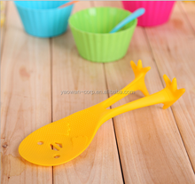 Creative cartoon stand yellow chicken rice ladle plastic not sticky rice spoon