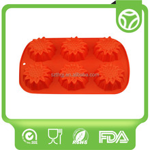 Bottom price promotional sport shaped silicone ice cube tray