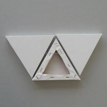 Triangular stretched canvas round canvas