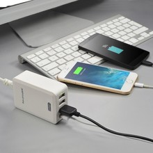 Manufacturer Wholesale DUAL USB Port 4x2.1A Mobile Travel charger for iPhone iPad CE FCC Approved Dual USB Travel Charger