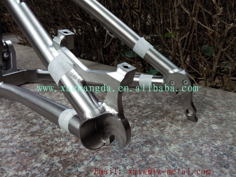 Titanium suspension bike frame19.jpg