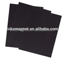 Ferrite rubber magnet in black