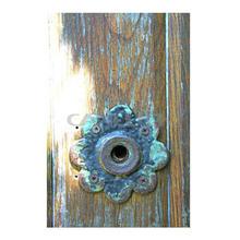 La puerta parisina de impresión enmarcada por lorna petrie/shabbi elegante decoración para el hogar