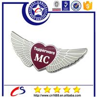 Promotion cheap fashion custom wings metal pin badge