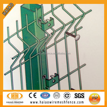 Worldwide popular high-quality 4x4 welded wire mesh fence/welded mesh wire fence